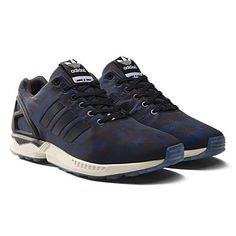 ADIDAS ZX FLUX ITALIA INDEPENDENT  Prezzo: 90,00€  Shop Online: http://www.aw-lab.com/shop/adidas-zx-flux-italia-independent-8019108