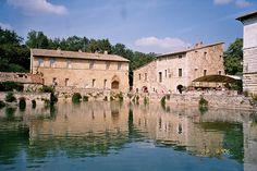 Bagno Vignoni, Toscano