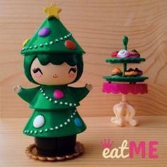 bywonderland.com #momiji #momijidolls #bywonderland Momiji Doll, Kokeshi Dolls, Polymer Clay Christmas, Clothespin Dolls, Biscuit, Merry Christmas To All, Vinyl Toys, Wooden Dolls, Designer Toys