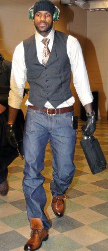 27 Best men images   Black men, Lebron james family, Men s fashion ... e70d9f57ed