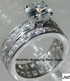 Classic Round Brilliant cut Engagement/Wedding Ring set * Available in Size 5/6/7/8/9 * Free Velvet Gift Box*