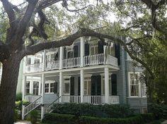pretty southern house