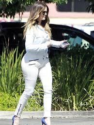 Αποτέλεσμα εικόνας για white jeans khloe kardashian