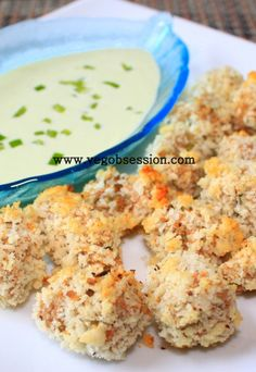 Crunchy Baked Okra with Bell Pepper Dip