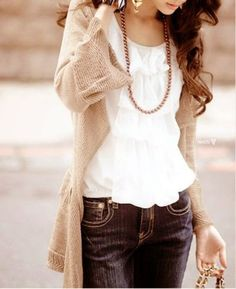 cute style: ruffle shirt, cardigan, jeans and a long necklace