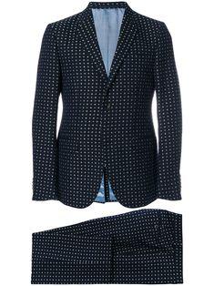 Gucci floral embroidered two-piece suit - Blue Gucci Suit, Gucci Men, Mens Designer Tuxedos, Dinner Suit, Gucci Floral, Gucci Outfits, Designer Clothes For Men, Mens Suits