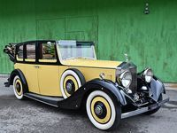 """30 Rolls Royce Vintage images in 2020   rolls royce ... Oct 22 2020 - Explore H Smith's board """"Rolls Royce Vintage"""" on Pinterest. See more ideas about Rolls royce Royce Antique cars. Rolls Royce For Sale, Royce Royce, Electric Sports Car, Fixed Gear, Aluminium Alloy, Vintage Images, Will Smith, Antique Cars"""