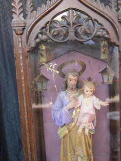 Preciosa imagen de SAN JOSE Y EL NIÑO JESÚS de pasta de papel con policromia,de CASA ROSÉS BARCELONA (Antigüedades - Religiosas - Varios)