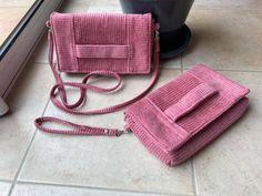 Duo de pochettes Cachôtin en velours rose cousues par Cindy - Patron Sacôtin