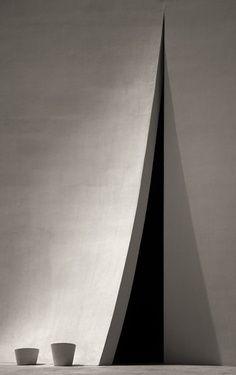 #concrete #architecture //   st. basil ,university of st. thomas, houston, texas.