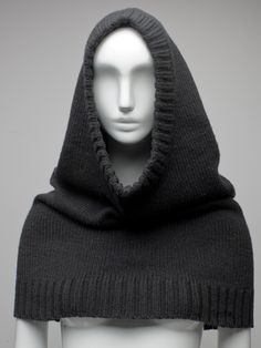Knitting Patterns Hoodie Hooded Cowl Knit Hoodie Poncho Knit Hooded Shoulder Wrap Women Men Teen to Adult Fall Winter Fashion… Knit Cowl, Knitted Poncho, Knitted Shawls, Knit Hats, Hooded Cowl, Modelos Fashion, Knitting Accessories, Fashion Accessories, Knit Or Crochet