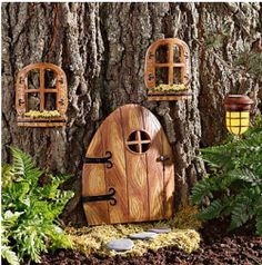 if Gary gets a gnome, I get a gnome door!!.  wonder where we would put it?  don't think the birds would appreciate being on the dead snag, don't have a 'tree' in the front garden.  will have to work on this.