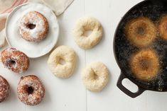 Munkkitaikina Dream Cake, Cakes And More, Doughnut, Cooking Recipes, Sweets, Baking, Desserts, Food, Tailgate Desserts