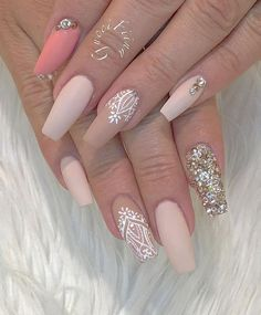50 Rhinestone Nail Art Ideas This is a sophisticated combination, rhinestones give an elegant look and glamour to this combination. Gentle tones of rose color flatters almost every lady. Nails Polish, Nude Nails, Matte Nails, Coffin Nails, Acrylic Nails, Nail Art Rhinestones, Rhinestone Nails, Spring Nail Art, Spring Nails