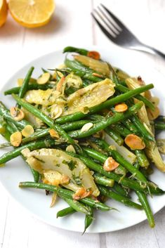 Green Bean & Roasted Fennel Salad A delicious salad, warm or cold, and good for every season. Veggie Dishes, Vegetable Recipes, Vegetarian Recipes, Healthy Recipes, Vegetable Salad, Side Dishes, Free Recipes, Fennel Recipes, Salad Recipes