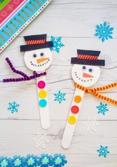 Make a Popsicle Stick Snowman Crafts This Christmas - . - Weihnachten - Make a Popsicle Stick Snowman Crafts This Christmas – cream - Kids Crafts, Popsicle Stick Crafts For Kids, Christmas Crafts For Toddlers, Christmas Crafts To Make, Winter Crafts For Kids, Preschool Christmas, Christmas Ornament Crafts, Craft Stick Crafts, Toddler Crafts