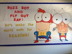Fly Guy bulletin board Elementary Classroom Themes, Elementary Teaching, Classroom Decor, Reading Fair, Reading Room, School Days, School Stuff, Reading Projects, Beautiful Library