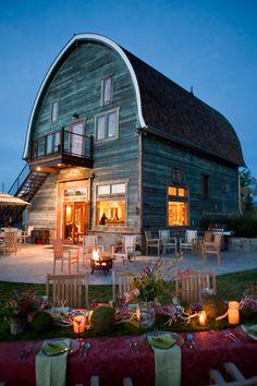 Beautiful Tiny Barn Home