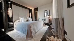 beauty soft colors and comfortable bedroom