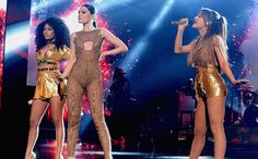 We graded Jessie J, Ariana Grande, and Nicki Minaj's performance of ''Bang Bang'' an A-.