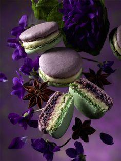 MACARON JARDIN D'ANTAN BY PIERRE HERMÉ (Violette & Anis)  #herme #macaron #jardins #pastry #gastronomy #macaronsetgourmandises