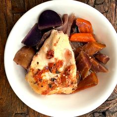 ThisSlow Cooker Chicken Breasts with Carrots and Potatoesonly takes 10 minutes to prepare, and cooks all day long. You'll have a hearty chicken and veggie supper waiting for you when you get home.