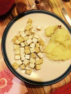 Tofu con aglio e dragoncello e purè di patate