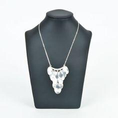 Zilveren sieraden in Etnic stijl zoals deze halsketting met muntjes gaan we ook dit zomerseizoen nog veel zien