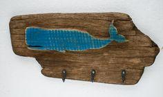 Peça em madeira antiga, baleia em driftwood. Peça exclusiva https://www.facebook.com/sacroofficiumsc