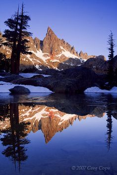 Sunrise at Minaret Lake in the Sierra Nevada Mountains, Ansel Adams Wilderness Ansel Adams Wilderness, Landscape Photography, Nature Photography, California Dreamin', Sierra Nevada, Famous Places, Nature Scenes, Places To See, Beautiful Places