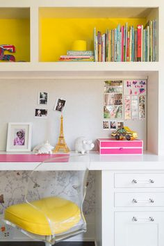 butterfly girls bedroom with built-in desk // Nicole Hollis // Lonny