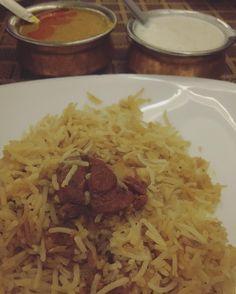 Shadab Mutton Biryani vs everything else! Simplicity of flavors genius.  #eatoutdevout  Tags:  #hyderabadifood #biryani #hyderabadfoodie #hyderabadi #hyderabad #IndianFood #indianfoodblogger #indianfoodbloggers #myfoodframe #delhifoodie #mumbaifood #mumbaifoodie #bangalorefood #hyderabaddiaries #spicy #curry #