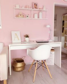 45 bedroom ideas for small rooms 39 Study Room Decor, Cute Room Decor, Room Ideas Bedroom, Small Room Bedroom, Diy Bedroom Decor, Small Rooms, Wall Decor, Home Office Design, Home Office Decor