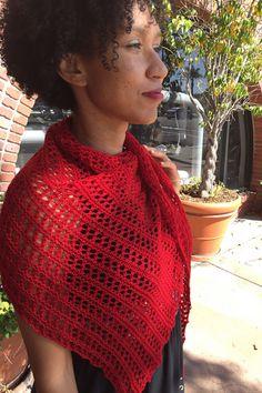 Ravelry: Herald shawl in Wollmeise Pure - knitting pattern by Janina Kallio.