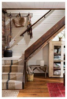 Diy Cabin, Rustic Cabin Decor, Rustic Cabins, Lodge Decor, Rustic Cottage Decorating, Log Cabin Decorating, Mountain Cabin Decor, Modern Log Cabins, Rustic Room