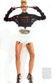 "lelaid: ""Raquel Zimmermann in A la Page for Vogue Paris, March 2006 Shot by David Sims Styled by Carine Roitfeld "" Raquel Zimmermann, David Sims, Carine Roitfeld, Vogue Paris, White Shorts, March, Wonder Woman, Couture, Superhero"