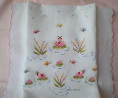 Copertina di lino ricamata a mano by Carmen Matarazzo.