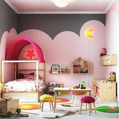 Wovon kleine Mädchen träumen. #rosa #grau #Kinderzimmer #Bett #KURA #Holzmöbel #FLISAT #Aufbewahrung #TROFAST #meinIKEA