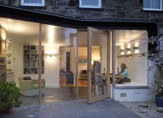 WT Architecture continue to produce award-winning domestic architecture in Edinburgh, and across Scotland and the UK, ranging from extensions and alterations, to conversions and new houses, to housing developments. House Extension Plans, Extension Designs, Glass Extension, Rear Extension, Extension Ideas, Extension Google, Exterior Design, Interior And Exterior, Kitchen Diner Extension