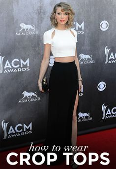 How Every Body Type Can Wear Crop Tops: A Complete Guide. Taylor Swift. Acm awards. Crop top blanco. Pollera larga negra con tajo.