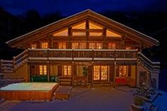 5 Bedroom Chalet In Les Houches To Rent From Pw. With Jacuzzi, Sauna,  Balcony/terrace, Fireplace, TV And DVD.