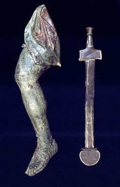 Guilded bronze sword (B and leg (B from an equestrian statue of Demetrios Poliorcetes, ca. 300 B. Museum of Ancient Agora Equestrian Statue, Ancient Greek, Warfare, Bellisima, Sword, Medieval, Images, Museum, Bronze