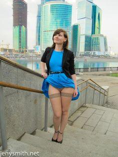 www.bunnylust.com jeny-smith-blue-dress-flasher 8.jpg