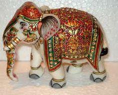 artesanias de rusia - Google Search Happy Elephant, Grey Elephant, Little Elephant, Elephant Art, Small Sculptures, Animal Sculptures, Elephant Anatomy, Elefante Hindu, Elephant Tattoo Design