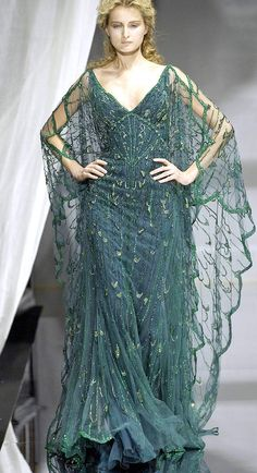 Zuhair Murad Haute Couture Autumn 2007  This looks like some sort of ocean goddess look.