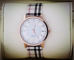 Zegarek w kratkę złoty elegancki