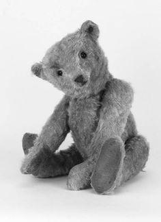 A Strunz Teddy Bear - Christie's dolls and teddy bears