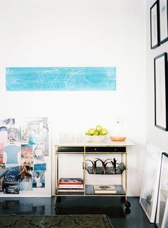 The 5 Best Tricks for Hanging a Gallery Wall via @MyDomaine
