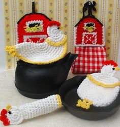 Read our blog: Barnyard Takeover http://www.maggiescrochet.com/crochet/2013/06/13/crochet-roosters-past-and-present/ Kitchen Pattern http://www.maggiescrochet.com/farmyard-kitchen-set-crochet-pattern-p-330.html#.UdMOwfmTjtM #rooster #barnyard #crochet #kitchen #pattern