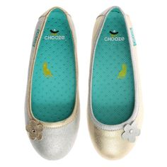Daydream in Shine CHOOZE Shoes: Our shoes are different. The left shoe is always different from the right. The collection features fun and colorful vegan shoes for toddlers, kids, youth, and women. Sizes range from 4 Toddler to 11 Women's. Girls Ballet Flats, Girls Dress Shoes, Baby Boy Fashion, Kids Fashion, Holiday Shoes, Ballet Fashion, Vegan Shoes, Toddler Shoes, Big Kids
